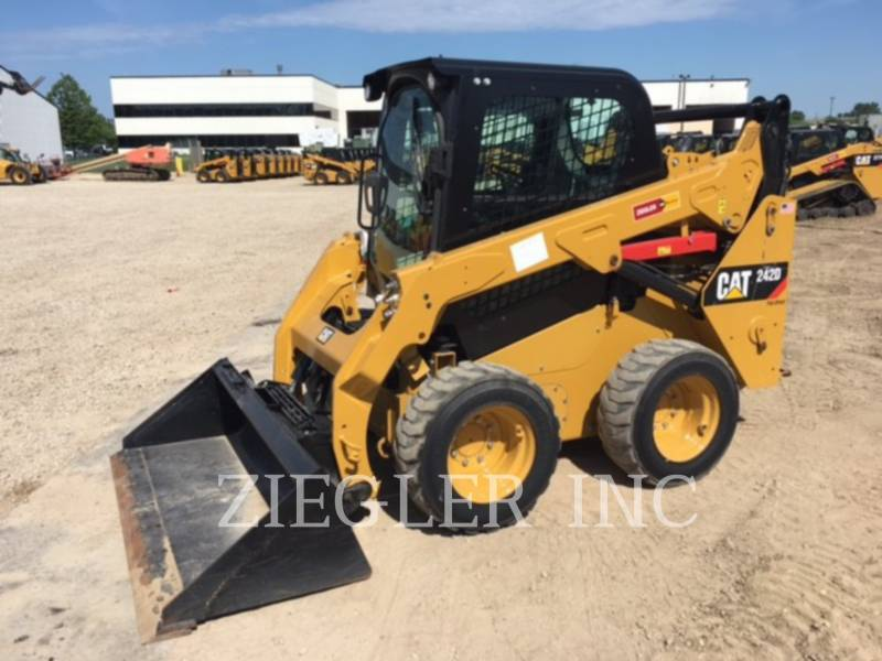 CATERPILLAR SKID STEER LOADERS 242DR equipment  photo 8
