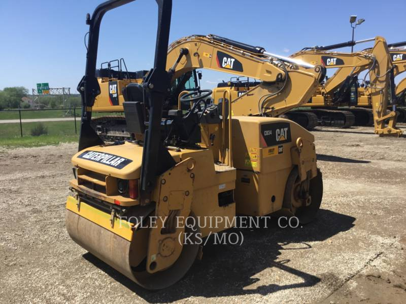 CATERPILLAR VIBRATORY DOUBLE DRUM ASPHALT CB34 equipment  photo 3