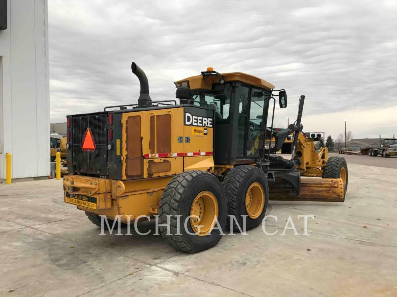 JOHN DEERE MOTOR GRADERS 772G equipment  photo 4