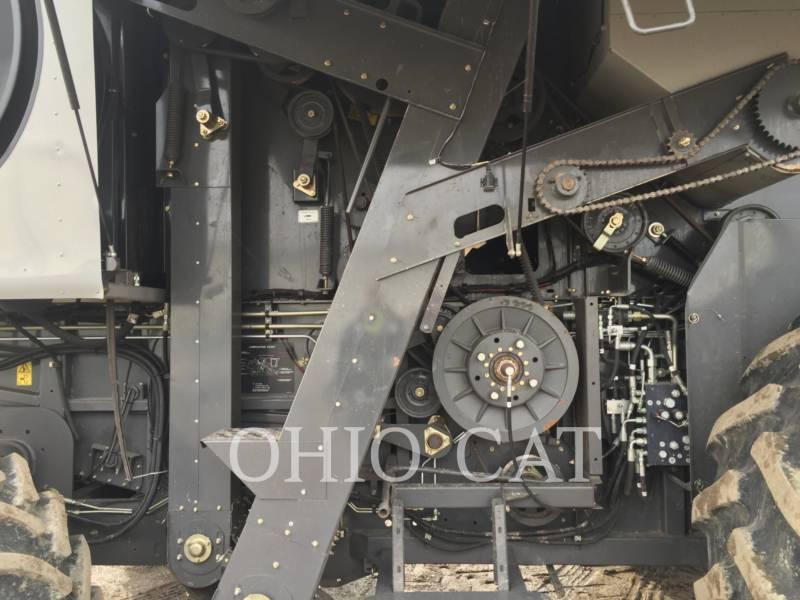 AGCO-GLEANER COMBINADOS S77 equipment  photo 14