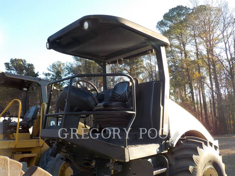 INGERSOLL-RAND COMPACTEUR VIBRANT, MONOCYLINDRE LISSE SD116 equipment  photo 2