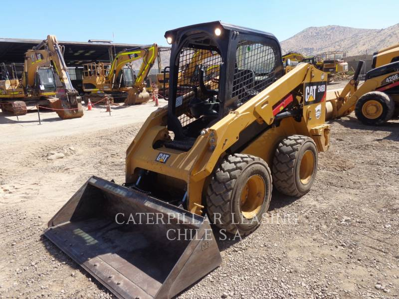 CATERPILLAR CHARGEURS COMPACTS RIGIDES 246 D equipment  photo 1