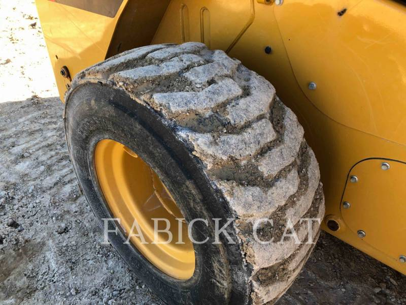 CATERPILLAR CHARGEURS COMPACTS RIGIDES 262C2 equipment  photo 15
