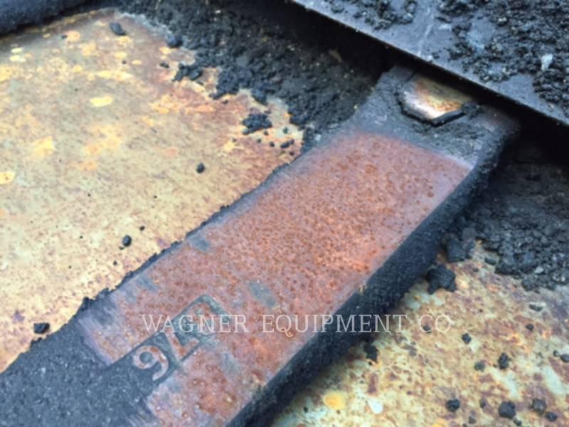 BARBER GREENE ASPHALT PAVERS BG225 equipment  photo 22