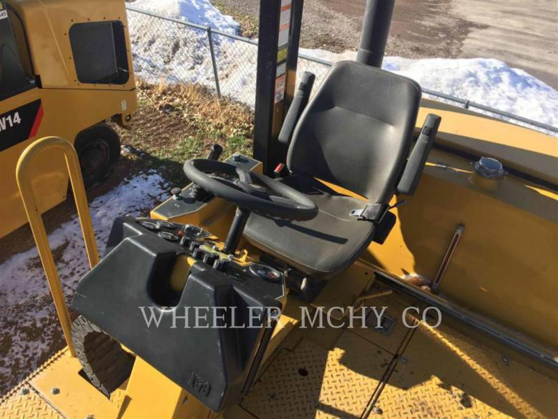CATERPILLAR COMPACTEURS SUR PNEUS PS-360C equipment  photo 5