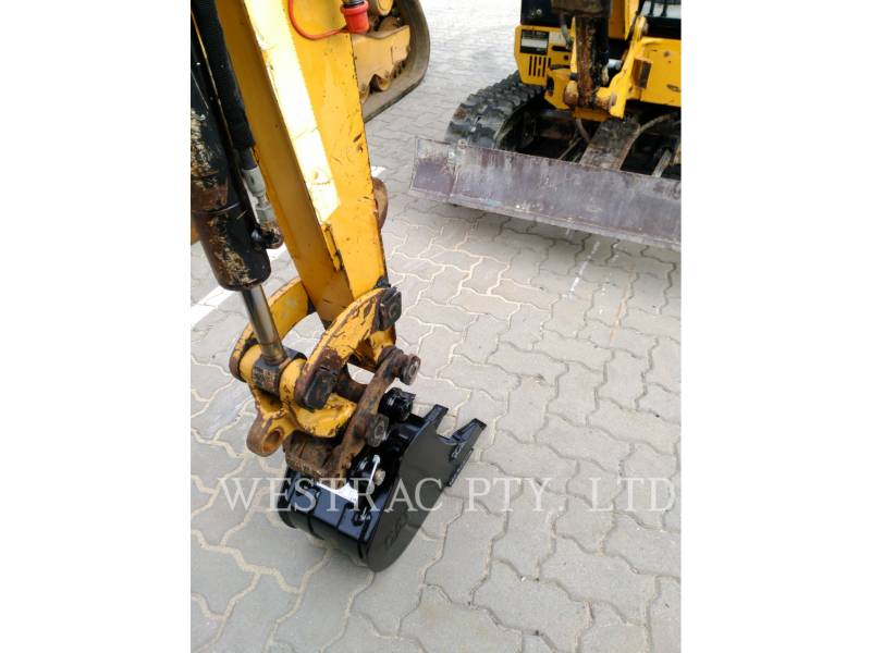 CATERPILLAR EXCAVADORAS DE CADENAS 301.8C equipment  photo 5