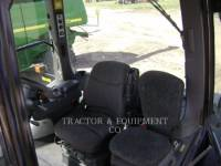 AGCO 農業用トラクタ MT865C equipment  photo 5