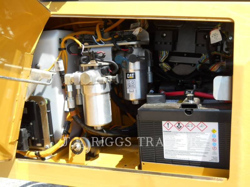 CATERPILLAR TRACTEURS SUR CHAINES D6KLGP A equipment  photo 16