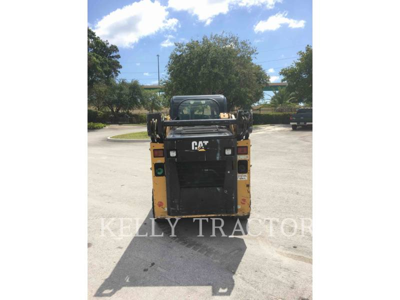 CATERPILLAR MINICARGADORAS 232 D equipment  photo 7