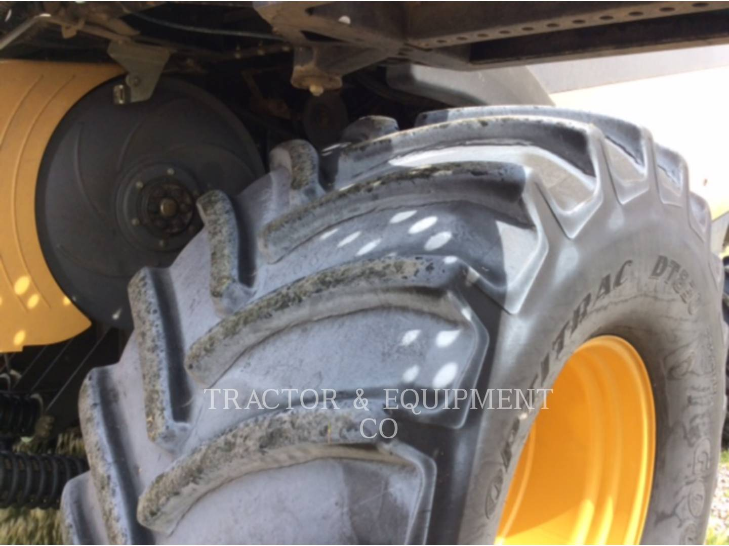 Detail photo of 2006 Lexion LX580R from Construction Equipment Guide
