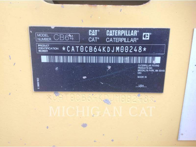 CATERPILLAR VIBRATORY DOUBLE DRUM ASPHALT CB64 equipment  photo 20