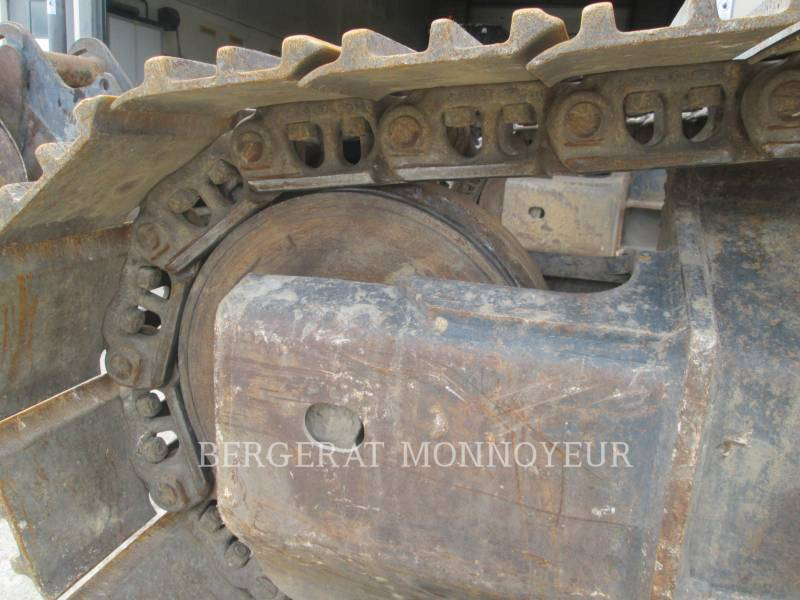 KOMATSU TRACK EXCAVATORS HB215LC2 equipment  photo 8