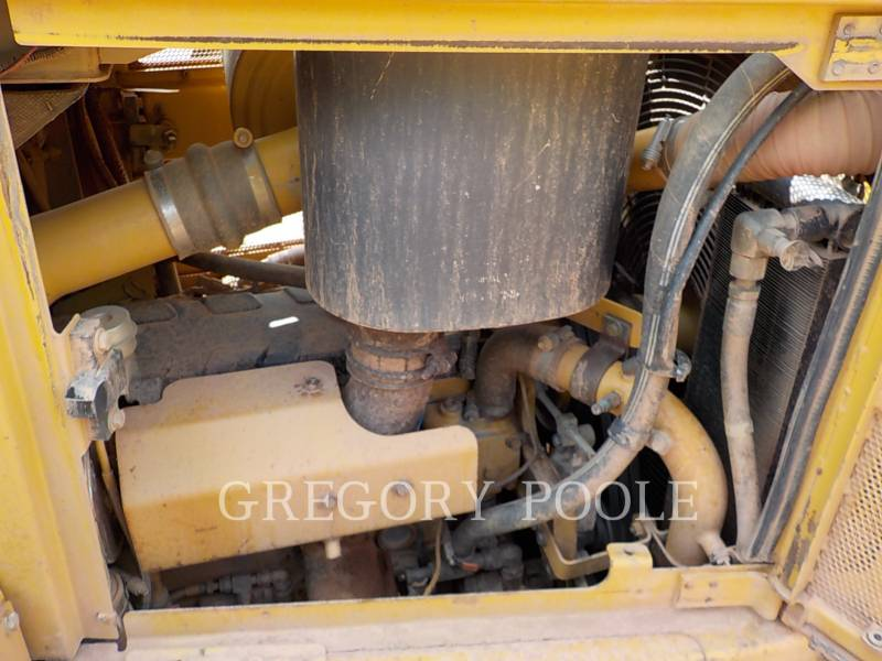 CATERPILLAR TRACK TYPE TRACTORS D6R II equipment  photo 16
