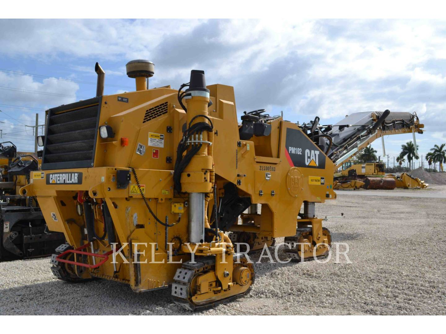 Detail photo of 2015 Caterpillar PM-102 from Construction Equipment Guide