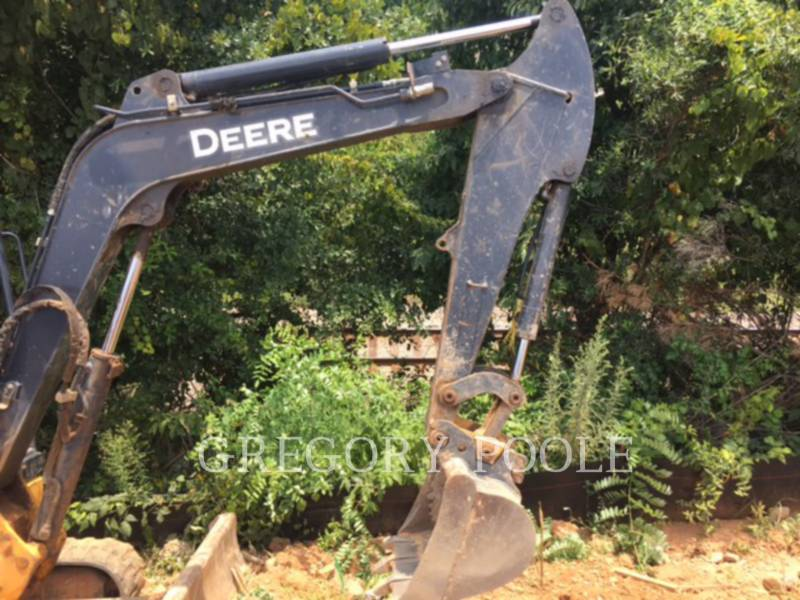 JOHN DEERE TRACK EXCAVATORS 35D equipment  photo 2