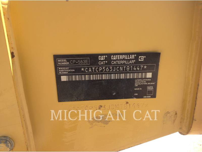 CATERPILLAR VIBRATORY SINGLE DRUM SMOOTH CP563E equipment  photo 6