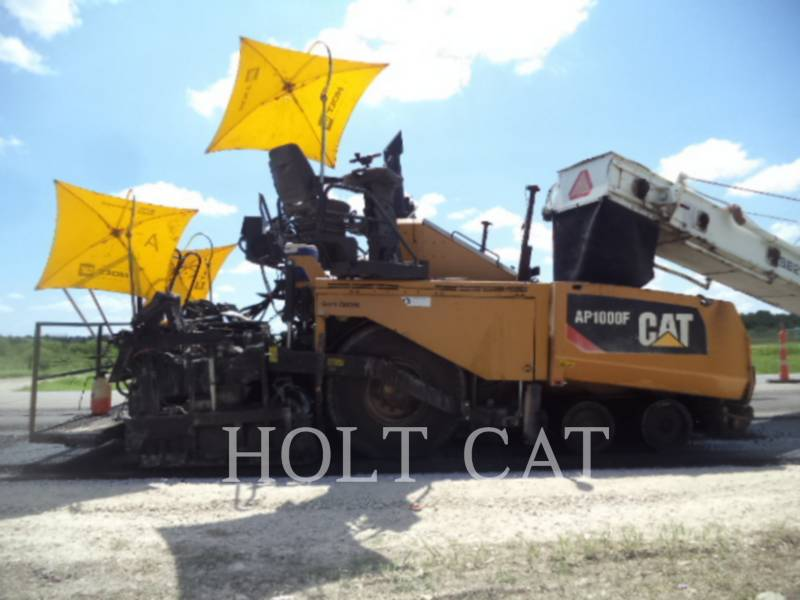 CATERPILLAR VIBRATORY SINGLE DRUM ASPHALT AP1000F equipment  photo 2