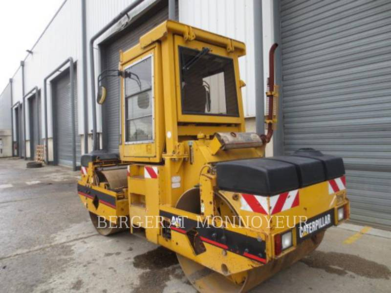 CATERPILLAR TANDEMVIBRATIONSWALZE, ASPHALT CB-434B equipment  photo 5