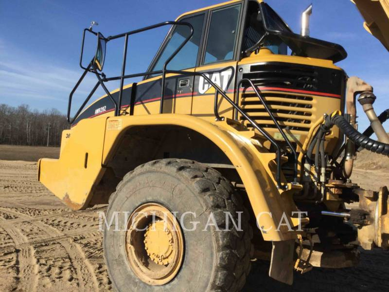 CATERPILLAR CAMIONES ARTICULADOS 735 T equipment  photo 15
