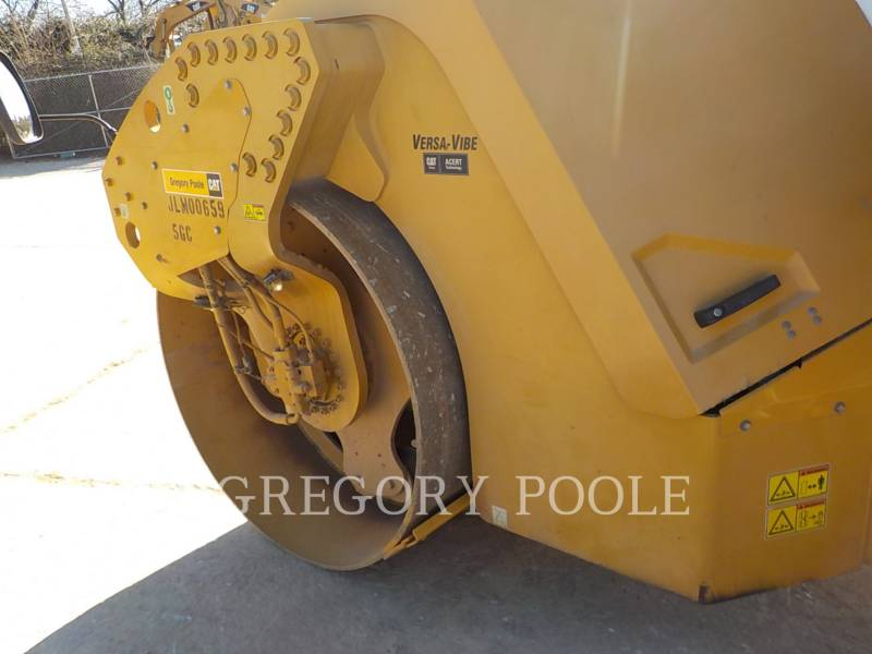 CATERPILLAR VIBRATORY DOUBLE DRUM ASPHALT CB-54 equipment  photo 22
