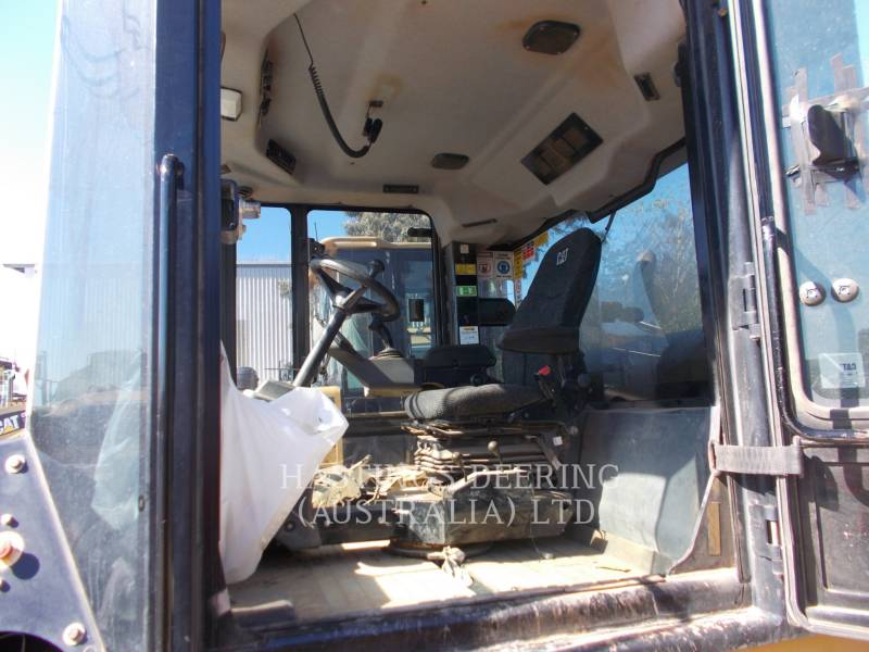 CATERPILLAR PNEUMATIC TIRED COMPACTORS CW34 equipment  photo 11