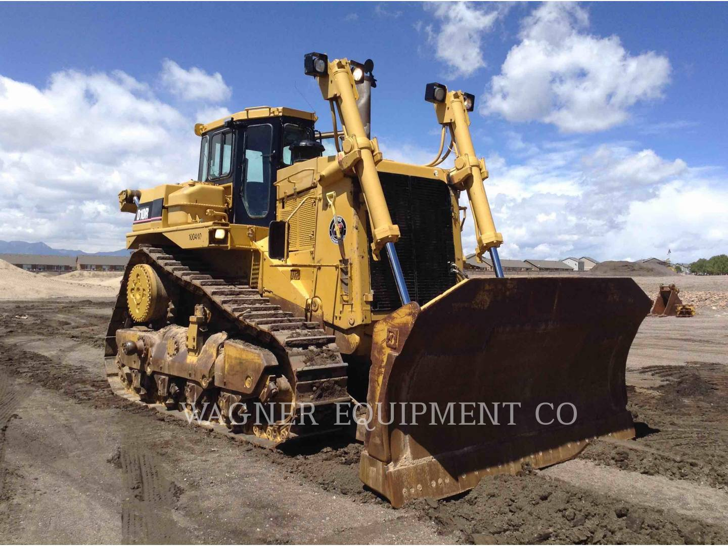 Detail photo of 1997 Caterpillar D10R from Construction Equipment Guide