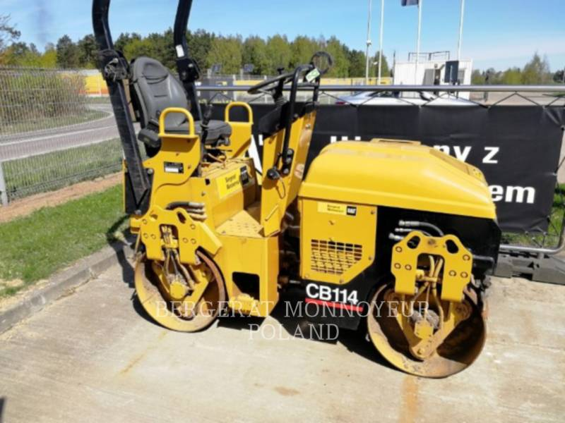 CATERPILLAR VIBRATORY DOUBLE DRUM ASPHALT CB-114 equipment  photo 1