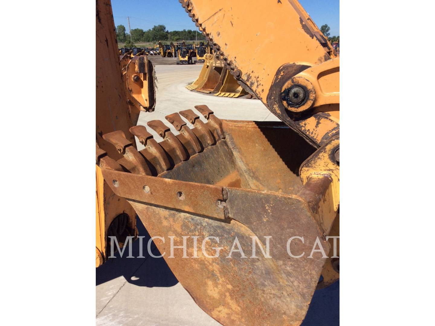 Detail photo of 2012 Case 590 SN from Construction Equipment Guide