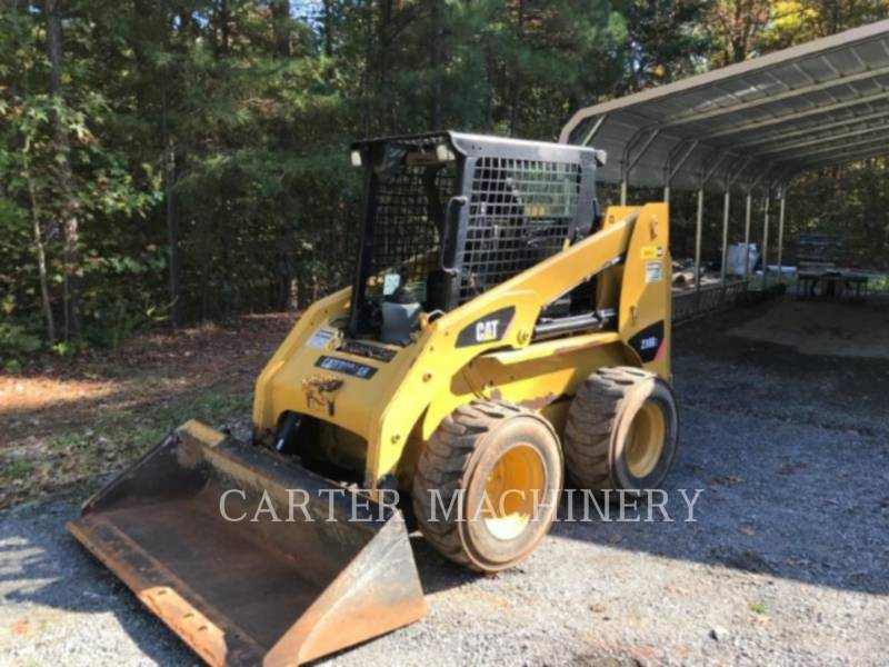 CATERPILLAR SKID STEER LOADERS 236B3 CY equipment  photo 2