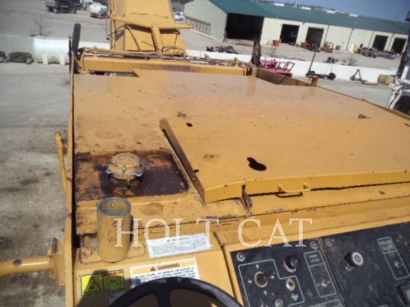 CATERPILLAR WT - COLD PLANER PM201 equipment  photo 10