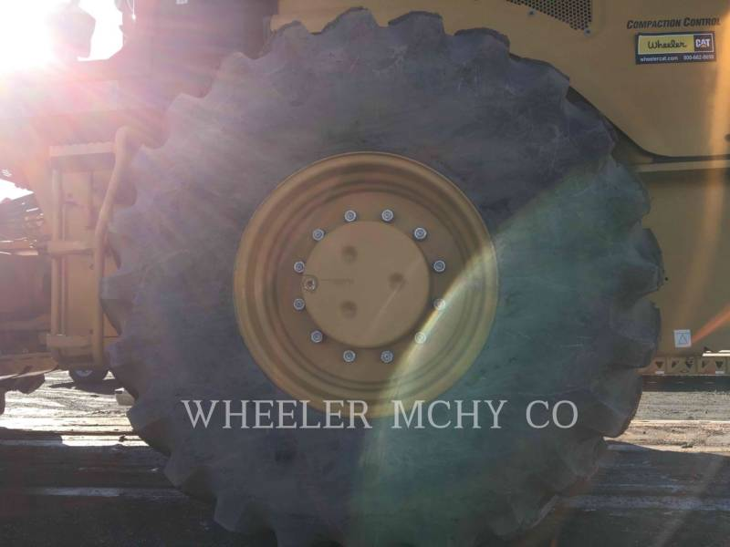 CATERPILLAR VIBRATORY SINGLE DRUM PAD CP74B equipment  photo 10