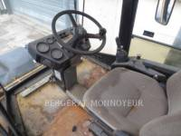 CATERPILLAR COMPACTEURS TANDEMS VIBRANTS CB-434B equipment  photo 12