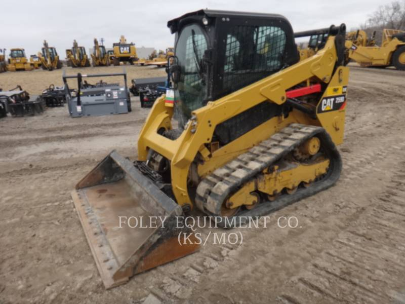 CATERPILLAR CHARGEURS COMPACTS RIGIDES 259DSTD2CA equipment  photo 1