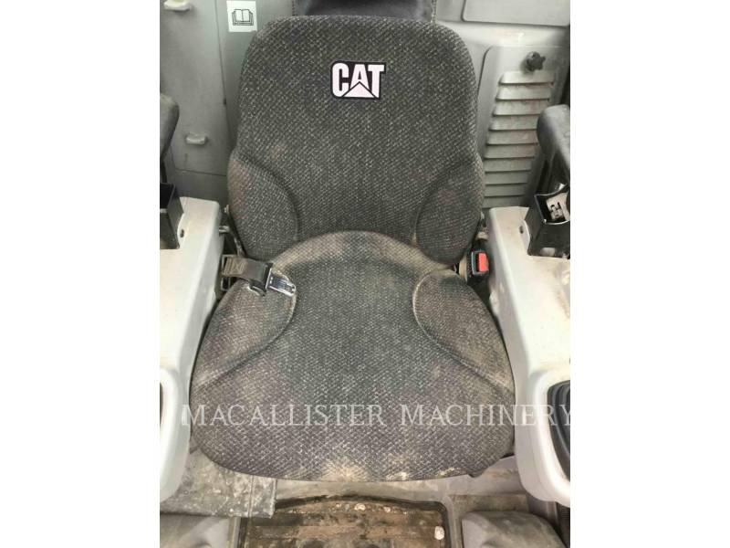 CATERPILLAR KOMPAKTLADER 272D equipment  photo 11