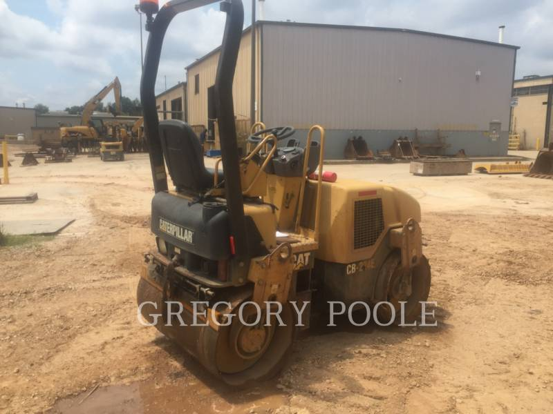 CATERPILLAR VIBRATORY DOUBLE DRUM ASPHALT CB-224E equipment  photo 2
