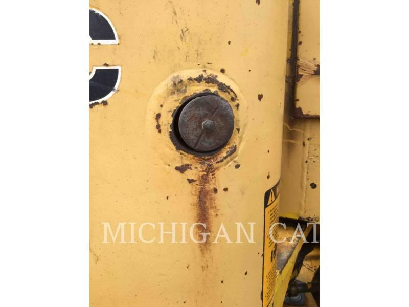 JOHN DEERE WIELLADERS/GEÏNTEGREERDE GEREEDSCHAPSDRAGERS 544C equipment  photo 13