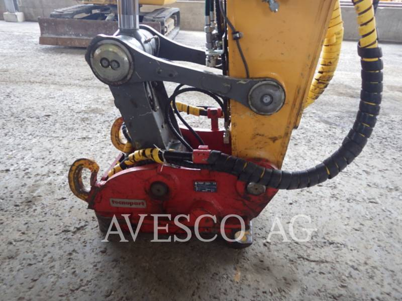 LIEBHERR EXCAVADORAS DE CADENAS R936 LC equipment  photo 5