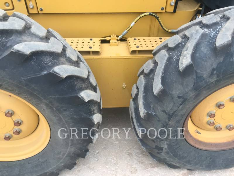 CATERPILLAR MOTONIVELADORAS 12M2 equipment  photo 14