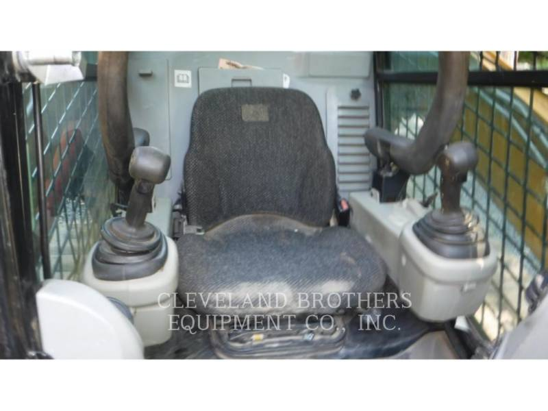 CATERPILLAR PALE CINGOLATE MULTI TERRAIN 299C equipment  photo 5