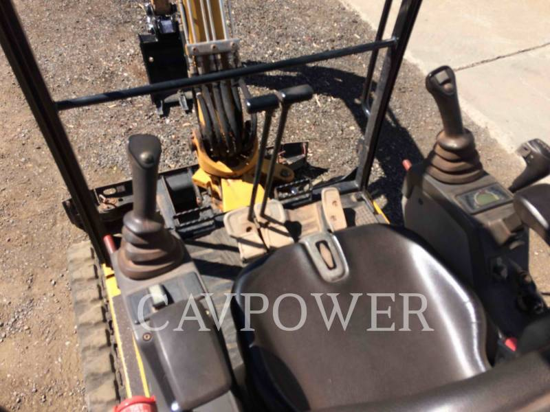 CATERPILLAR PELLES SUR CHAINES 301.7D equipment  photo 13