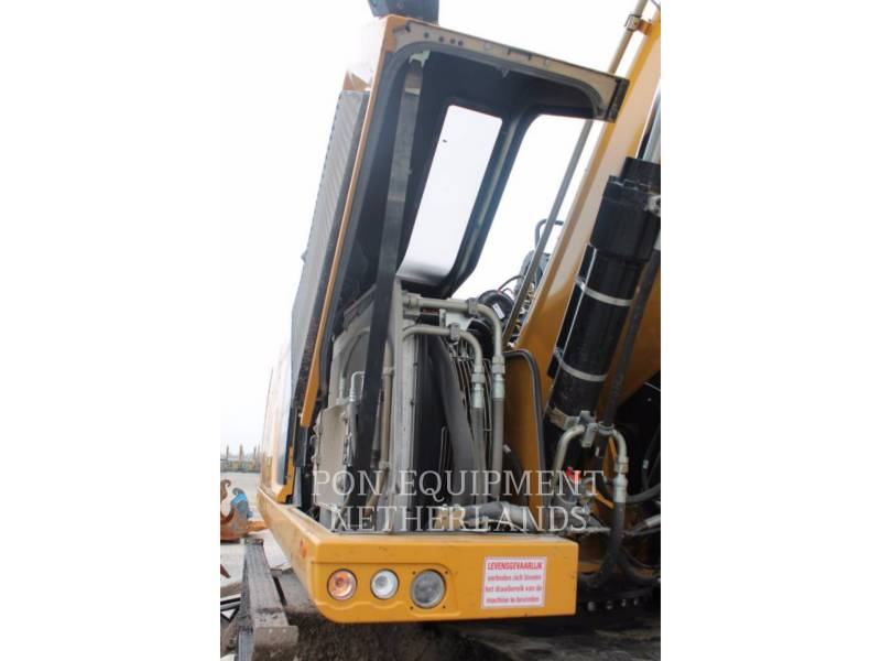 CATERPILLAR EXCAVADORAS DE RUEDAS MH3022 equipment  photo 11
