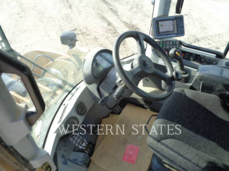 CATERPILLAR WIELLADERS/GEÏNTEGREERDE GEREEDSCHAPSDRAGERS 930M equipment  photo 6