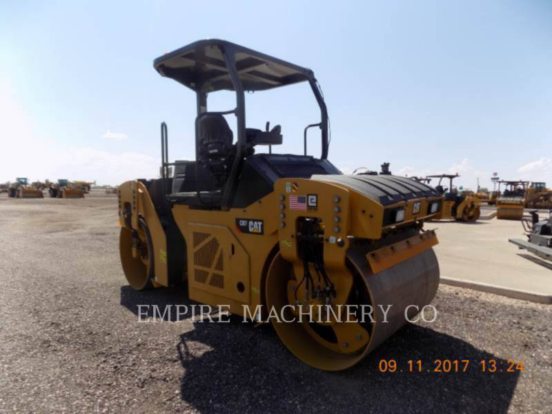 CATERPILLAR COMPACTEURS TANDEMS VIBRANTS CB7 equipment  photo 1