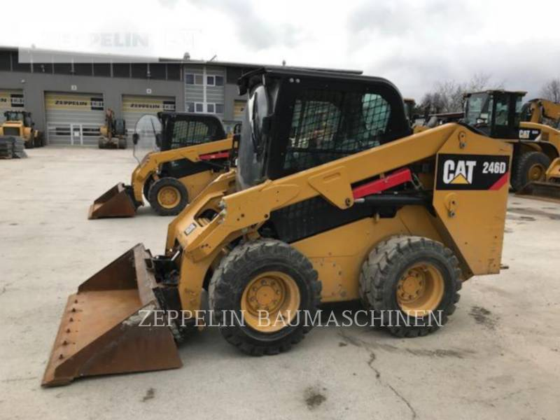 CATERPILLAR CHARGEURS COMPACTS RIGIDES 246 equipment  photo 1