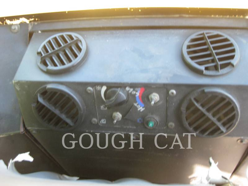 CATERPILLAR VIBRATORY DOUBLE DRUM ASPHALT CB-434D equipment  photo 24