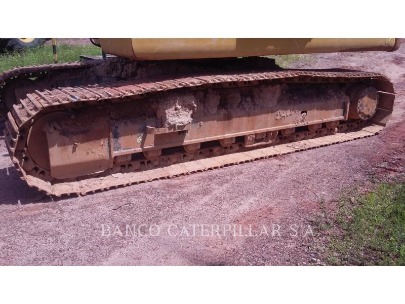 CATERPILLAR TRACK EXCAVATORS 320D2L equipment  photo 17