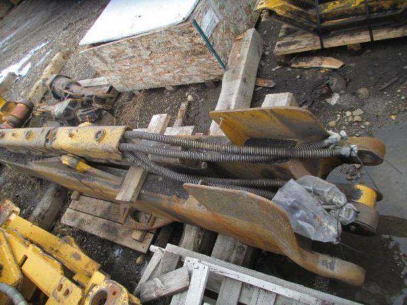 CATERPILLAR TRACK TYPE TRACTORS D10T equipment  photo 23