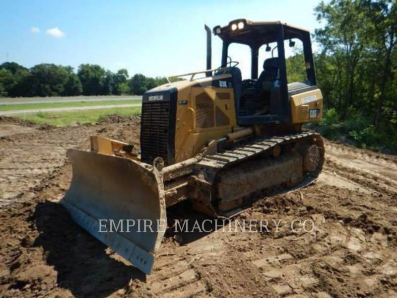 CATERPILLAR TRACTEURS SUR CHAINES D3K XL equipment  photo 1