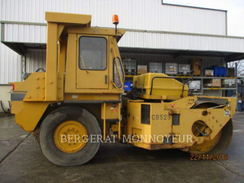 CATERPILLAR COMBINATION ROLLERS CB-525 equipment  photo 5