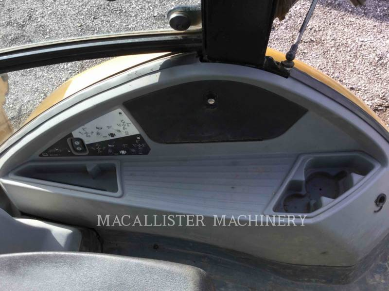 CATERPILLAR BACKHOE LOADERS 420FIT equipment  photo 16